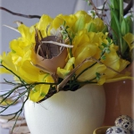 easter-chickens-table-setting-flowers10.jpg