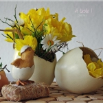 easter-chickens-table-setting-flowers3.jpg