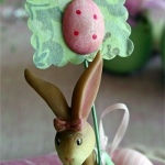 easter-rose-and-green-table-setting-bunnies6.jpg