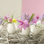easter-table-decoration-eggs1.jpg