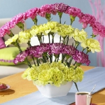 easy-creative-diy-floral-arrangement2-1.jpg