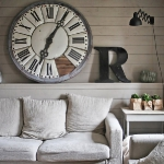 extra-large-oversized-clocks-interior-ideas-in-rooms3-1.jpg