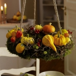 fall-table-setting-in-harvest-theme-hanging-decor1.jpg