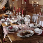 fashionable-table-set-for-xmas-traditional3.jpg