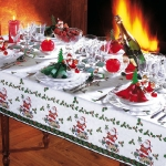 fashionable-table-set-for-xmas-traditional5.jpg