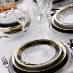 fashionable-table-set-for-xmas-elegance5.jpg