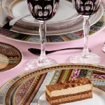 fashionable-table-set-for-xmas-romantic4.jpg
