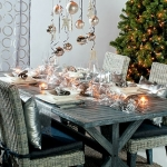 fashionable-table-set-for-xmas-country3.jpg
