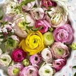 floral-arrangement-of-burgeons-and-petals2-2.jpg