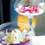 floral-arrangement-of-burgeons-and-petals4-7.jpg