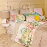 floral-summer-trends2012-by-zh-bedding1-8.jpg