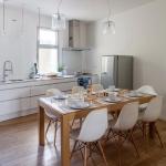 french-eco-contemporary-home2-3.jpg