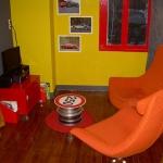 french-kidsroom-in-bright-color2-3.jpg