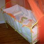 french-kidsroom-in-bright-color9-2.jpg