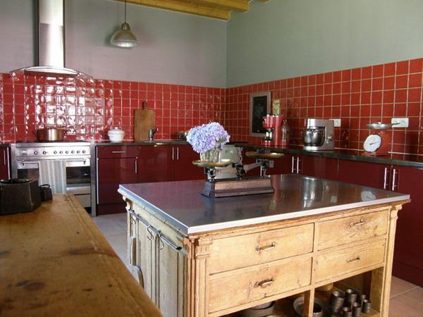 اجدد المطابخ الحديثة لعام 2012 french-kitchen-in-color-idea-inspiration1-6.jpg