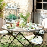 french-summer-outdoor-table-set8.jpg
