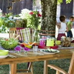french-summer-outdoor-table-set9.jpg