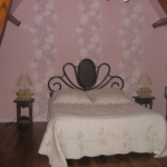 french-women-bedroom-creative9.jpg