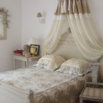 french-women-bedroom-creative25-1.jpg