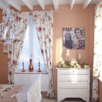 french-women-bedroom-creative26-1.jpg
