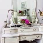 girls-bedroom-in-french-style4-2.jpg