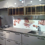 glass-photo-panel-for-kitchen2-8.jpg