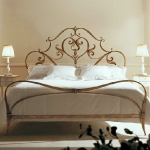 golden-trend-decorating-bedroom-furniture3.jpg