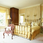 golden-trend-decorating-bedroom-combo-colors2.jpg