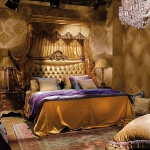 golden-trend-decorating-in-bedroom1.jpg
