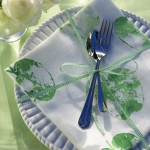 green-apple-fan-theme-on-plates2.jpg