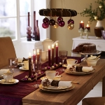 hanging-ny-decor-over-table1.jpg