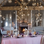 hanging-ny-decor-over-table12.jpg