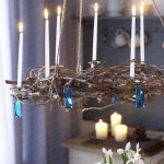 hanging-ny-decor-over-table4.jpg