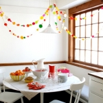 hanging-ny-decor-over-table24.jpg