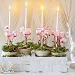 home-flowers-in-new-year-decorating2-1.jpg