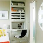 home-office-in-bedroom-maxi2.jpg