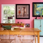 honeysuckle-pantone-color2011-in-interior2-2.jpg