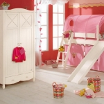 honeysuckle-pantone-color2011-in-interior4-12.jpg