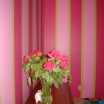 honeysuckle-pantone-color2011-in-interior6-1.jpg