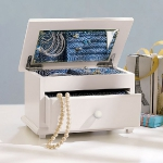 how-to-organize-jewelry-special-case2.jpg