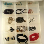 how-to-organize-jewelry-drawer-divider6.jpg