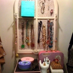 how-to-organize-jewelry-on-wall7.jpg