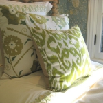 ikat-trend-design-ideas-cushions14.jpg