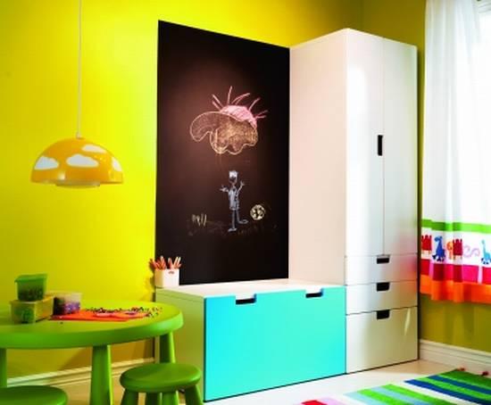 Отправляясь за покупками для детской комнаты, обратите внимание на новинки от Икеа. А еще в их магазинах можно