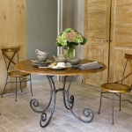 iron-forged-furniture-design-din3.jpg