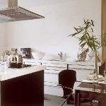 irregularly-shaped-kitchens3-5.jpg