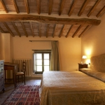 italian-traditional-bedrooms-color1-3.jpg