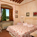 italian-traditional-bedrooms-color2-2.jpg