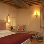italian-traditional-bedrooms-color4-4.jpg