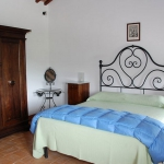 italian-traditional-bedrooms-details1-8.jpg